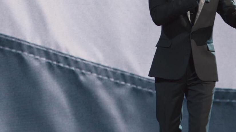 Immagine tratta da Aziz Ansari Live at Madison Square Garden